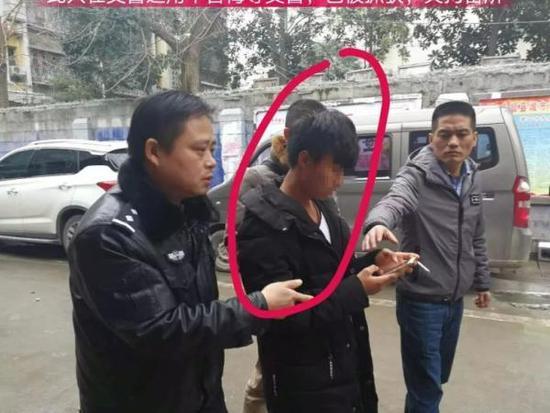 男子拍交警推车视频配辱骂言语并发至快手被拘7日